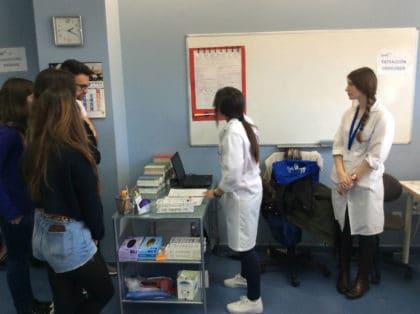 Práctica de laboratorio clínico y biomédico con explicación