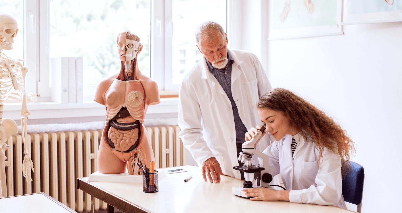 Cómo es estudiar Anatomía Patológica y Citodiagnóstico - Orientador Online